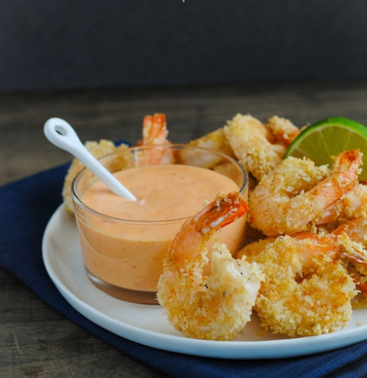Baked Coconut Shrimp with Creamy Sweet Chili Sauce – Easy ...